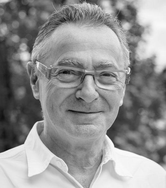 Dr Gilles AVENARD